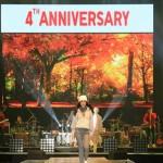 UNIQLO U-On Stage คุณโยเกิร์ต-รวีวรรณ บุญประชม ร่วมเดินแบบในงาน