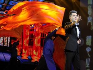 มินิคอนเสิร์ตจากศิลปินจีน คุณ หลัว เจีย