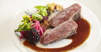 3. Festive menu - Fillet of doe with creamy hazelnut puree
