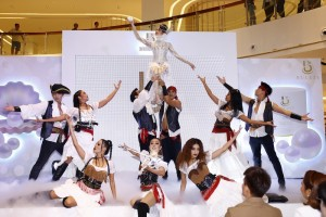 "OPENING SHOW ชื่อชุด ""Pirate of the White Pearl"" จาก BULEZE (2)"
