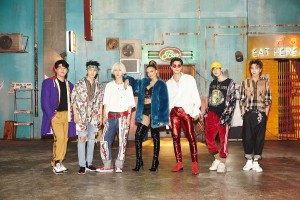 [Still cut from Lo Siento MV] SUPER JUNIOR, Leslie Grace