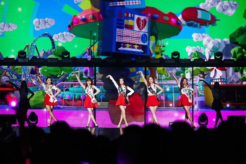 [Concert Image 2] REDMARE