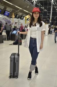 3. มิว Airport Look
