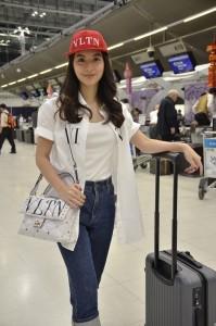 5. มิว Airport Look