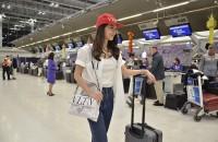 6. มิว Airport Look