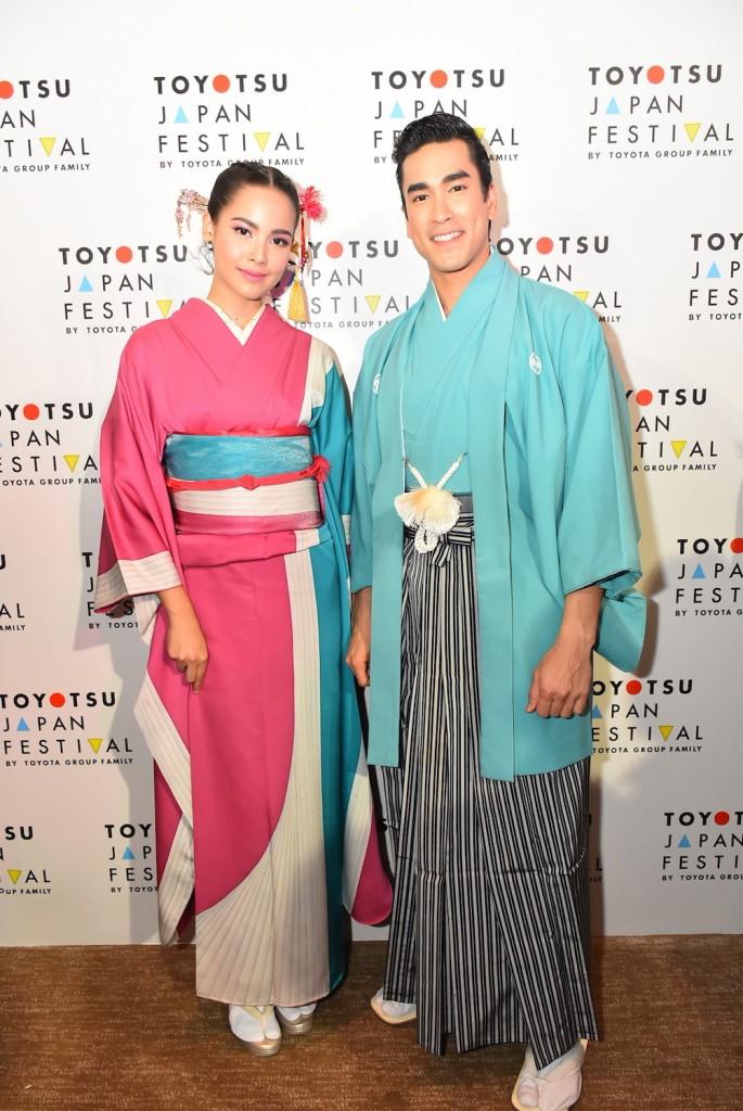 18. ซุปตาร์คู่จิ้นแห่งปีกับ ณเดชน์ คูกิมิยะ และ ญาญ่า อุรัสยา