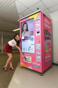 WATSONS Vending Machine 03