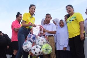 13-ฟุตบอลสร้างกำลังใจเยาวชนนราธิวาส