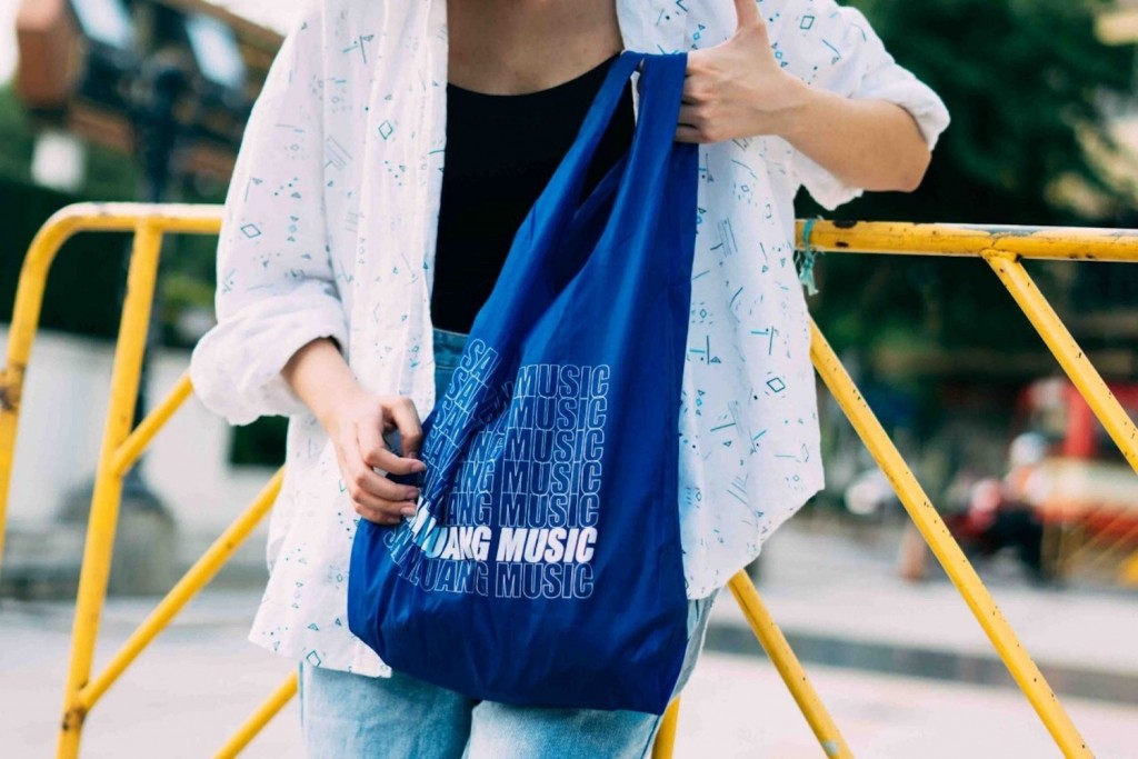 SNL_shoppingbag_BL