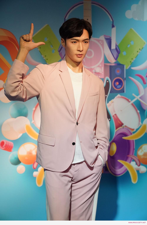 MTBK_Lay Zhang (5)