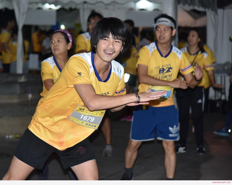 หนุ่ม ๆ เดอะเฟซเมนไทยเเลนด์ วอร์อัพก่อนวิ่ง 5 โล (3)