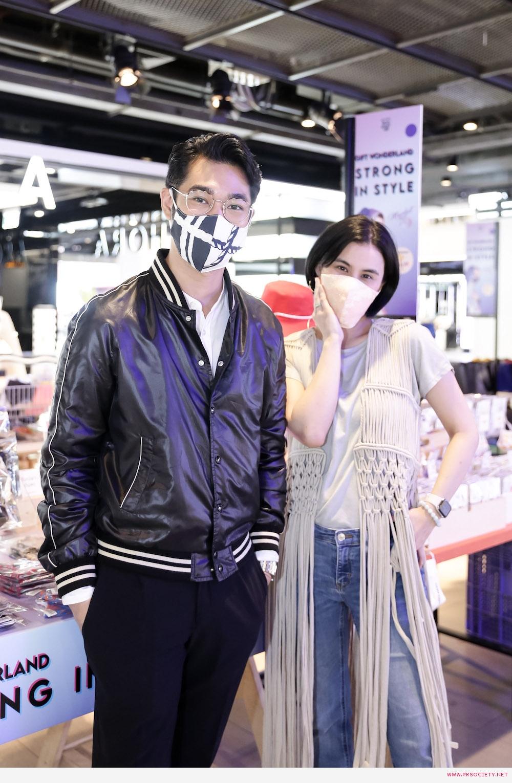 02.ปราการ ไรวา . พิมดาว พานิชสมัย กับหน้ากากผ้าจาก Leisure projects และ iconic