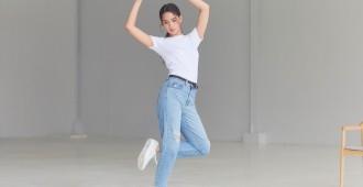 UNIQLO Jeans x Yaya 01