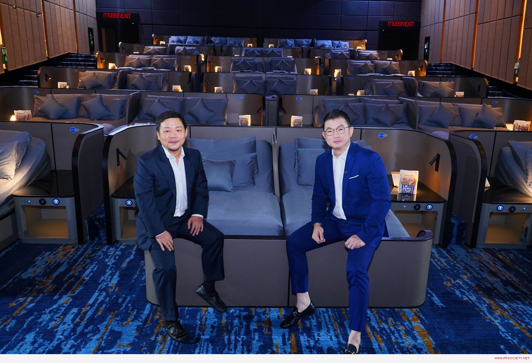 The Bed Cinema by Omazz_ผู้บริหาร SF และ Omazz 2